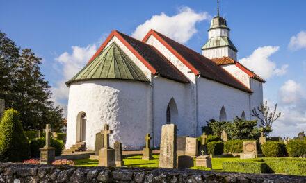 Skummeslövs kyrka